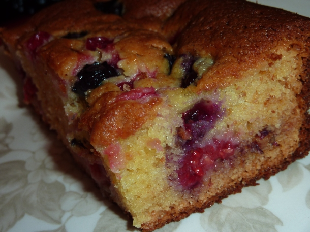Blondies aux fruits rouges 010